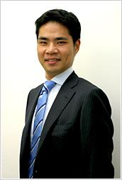 代表税理士、土屋裕昭です。